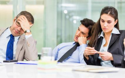 6 sinais de que a sua reunião de revisão é ineficiente