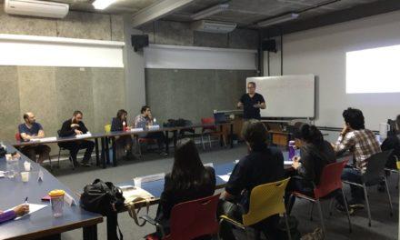 Team ScrumHalf ministra palestra para novos Incubados 2016